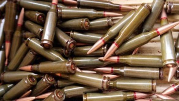 Близько тисячі набоїв до автомата, гвинтівки та гранатомета зберігав удома черкащанин