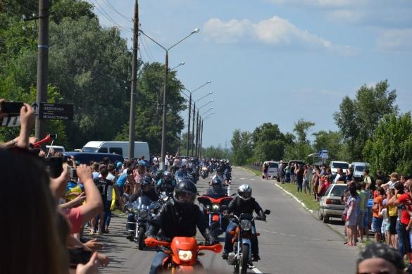 Учорашній пробіг байкерів на Черкащині не обійшовся без ДТП (ВІДЕО)