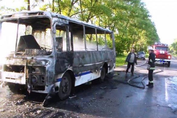На Черкащині під час руху загорівся пасажирський автобус