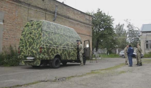 Черкащани передали бійцям АТО особливий автобус (ВІДЕО)