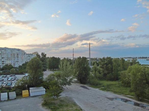 Черкаські підлітки видерлися на вежу мобільного зв'язку