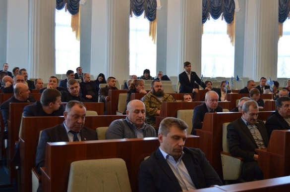Черкаський депутат роботу своїх колег із трибуни описав нецензурним словом