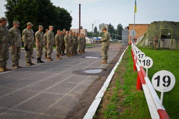 У Черкасах пройшли навчання сержантів з усієї України (фоторепортаж)