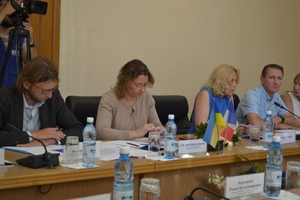 Посол Франції прибула до Черкас, аби оцінити роботу бізнесменів