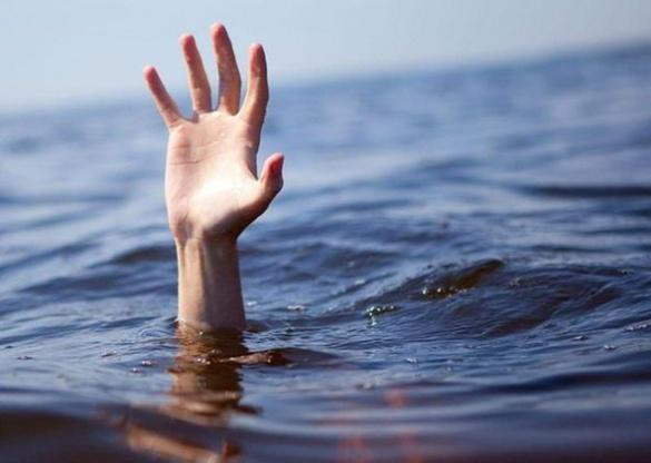 Закарпатські прикордонники витягли тіло чоловіка з Тиси