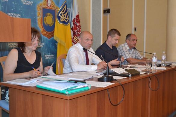 Черкаські депутати перенесли День міста на вересень