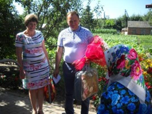 Активна і працелюбна довгожителька з Черкащини відсвяткувала 100-річчя