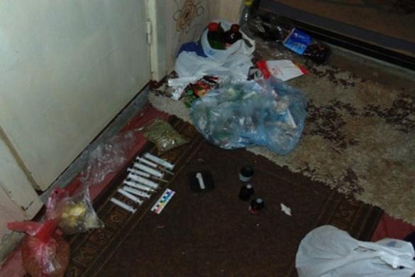 У черкаській багатоповерхівці поліцейські виявили наркопритон