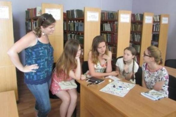 Відтепер жителі Червоної Слободи можуть вивчати англійську безкоштовно