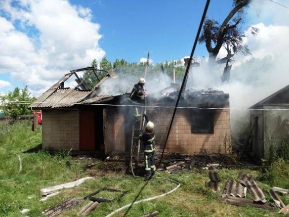 У Черкаській області під час пожежі в будинку загинув чоловік