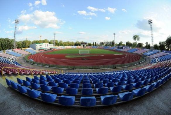 Над трибунами Центрального стадіону встановлять накриття за півмільйона