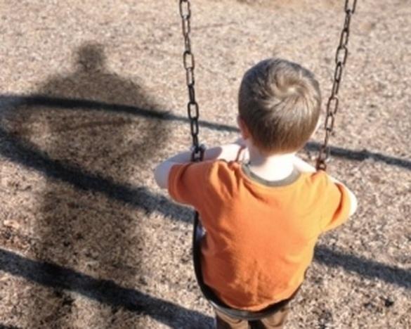 У Черкасах батько у стані наркотичного сп'яніння забув про рідного сина