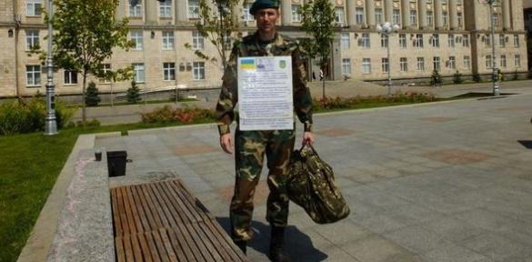 Чоловік без паспорту із Соборної площі прийшов до черкаського виконкому