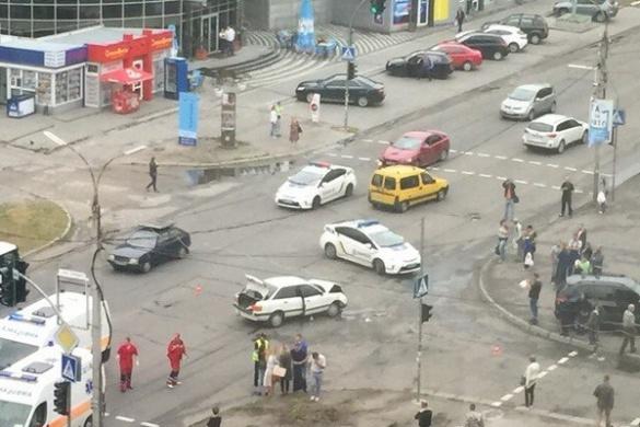 ДТП у Черкасах: від удару авто опинилося на тротуарі (ФОТО)