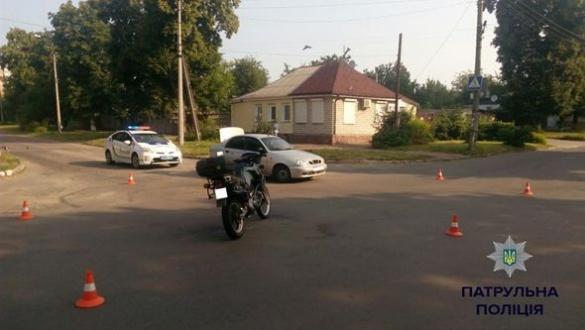 ДТП у Черкасах: зіштовхнулися автомобіль та мотоцикл