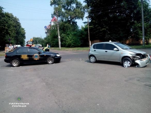 На перехресті вулиць Гоголя та Митницької сталася ДТП (ФОТО)