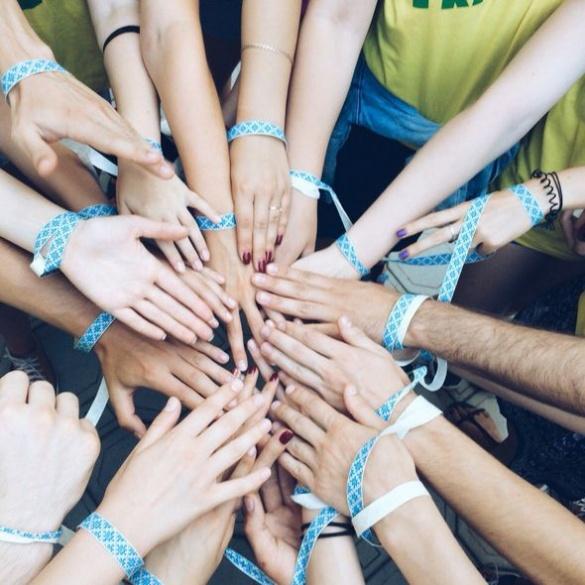 Студенти-волонтери з усієї України приїхали на Черкащину робити добро