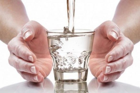 Як дніпровська каламуть перетворюється на воду, яку п'ють черкащани