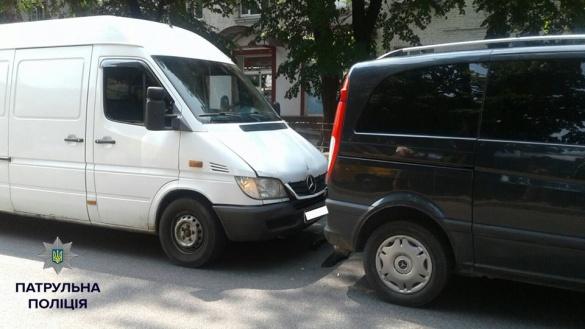 У Черкасах сталася ДТП за участі двох мікроавтобусів
