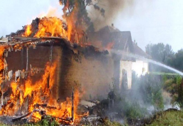 Дитячі розваги з вогнем спричинили пожежу на Черкащині (ВІДЕО)