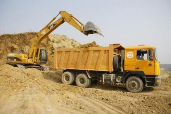 В Умані незаконно викопали 10-метровий кар'єр