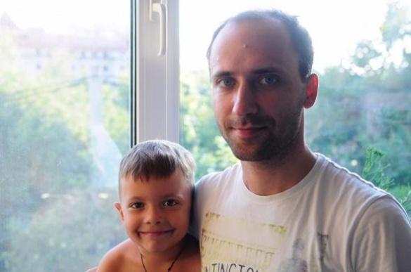 Син черкаської художниці переміг страшну хворобу завдяки небайдужим