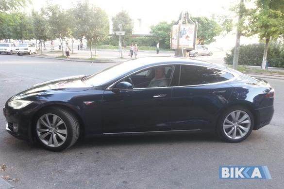 Черкащанин продав свої чотири автівки, щоб купити електромобіль (ФОТО)