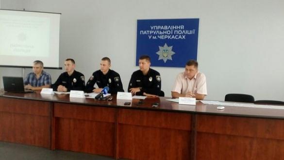 Черкаські патрульні не проти священиків на місцях ДТП