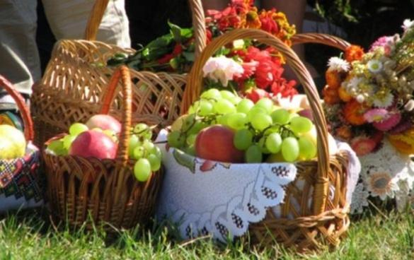 У Черкасах відсвяткували Яблучний Спас (ВІДЕО)