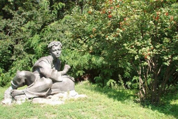 Черкащанам, які допоможуть затримати крадіїв пам'ятника Шевченку, обіцяють нагороду