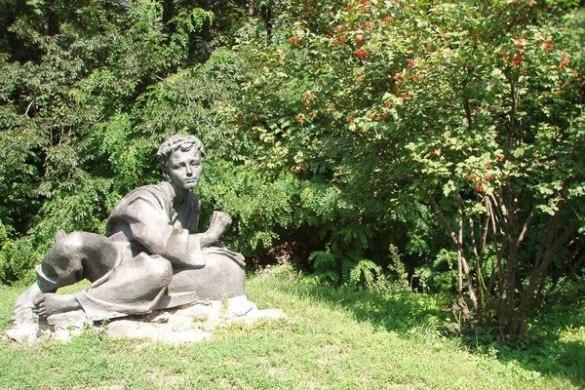 Викрадений пам'ятник Кобзарю виставили на продаж в інтернеті