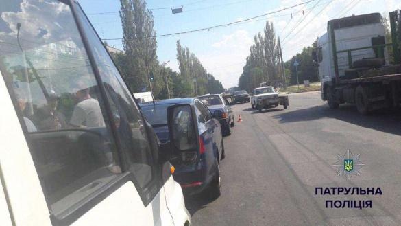 В ДТП у Черкасах втрапили одразу три автівки (ФОТО)