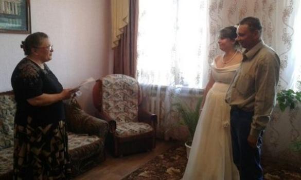 Весілля за ґратами: в Уманській колонії побралися в'язні