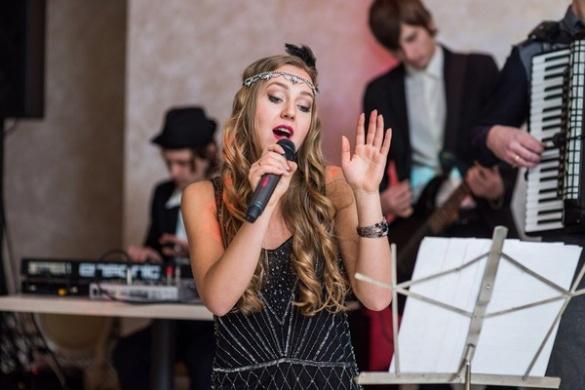 Черкащанка підкорює російську музичну сцену українськими піснями