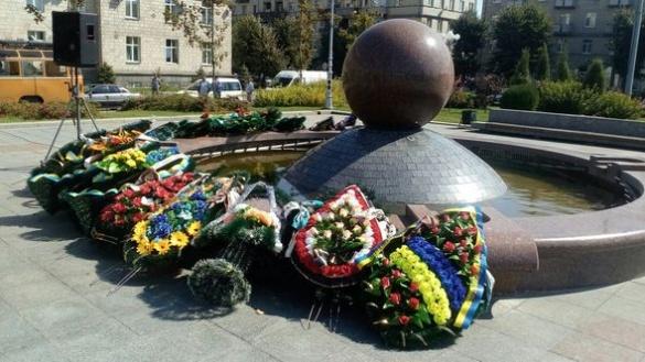 У Черкасах попрощалися із загиблим бійцем (ФОТО)