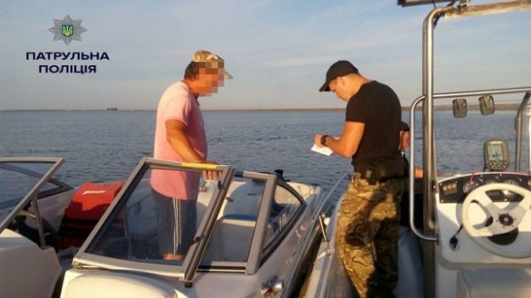 На Черкащині поліцейські водного патрулю спіймали бракон'єрів