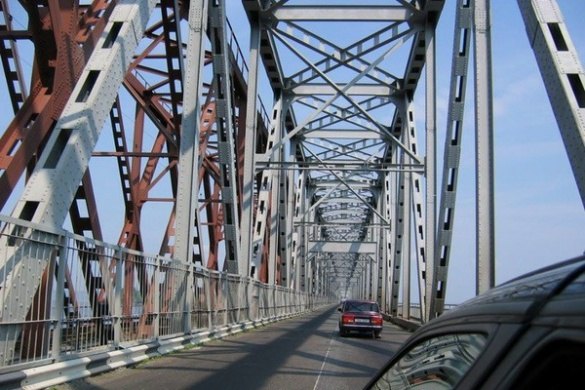 Дорожники розпочинають ремонтувати черкаський міст