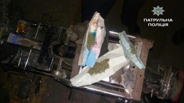 Черкаські патрульні затримали за кермом мопеда чоловіка
