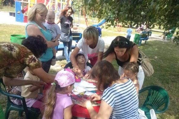Черкаських дітлахів навчать створювати аплікації із паперу