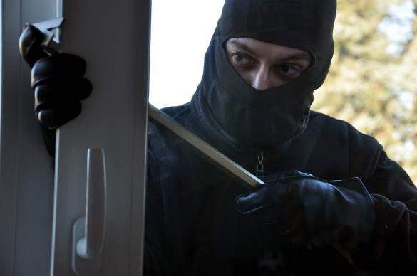 На Черкащині злодій шукав гроші в кабінеті прокурора (ВІДЕО)