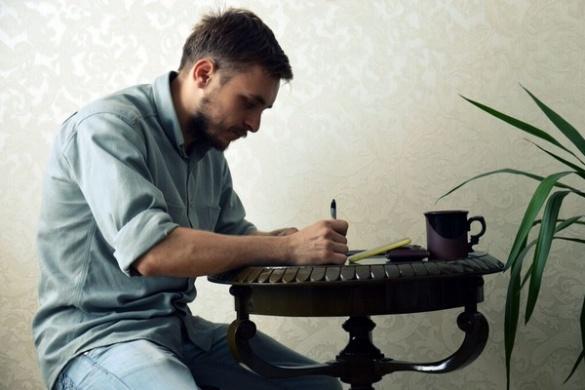 Черкаський майстер із шматка деревини робить справжні витвори мистецтва