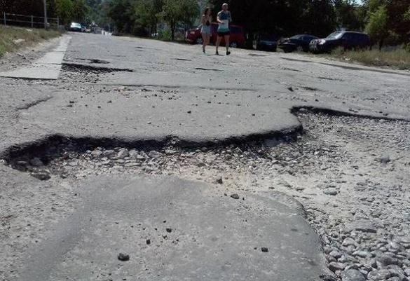 На Черкащині через суцільне бездоріжжя не ходять рейсові автобуси (ВІДЕО)