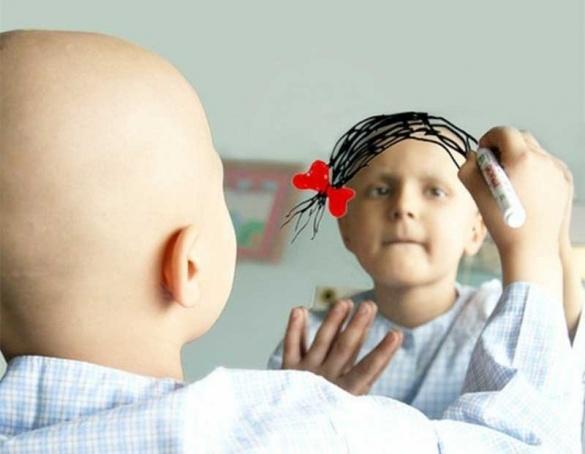 У Черкасах онкохворі діти презентують свої картини