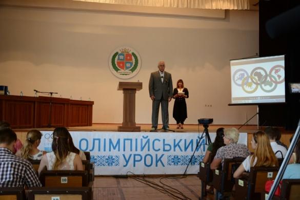 Олімпійці Черкащини розповіли студентам про цікаве та нелегке спортивне життя