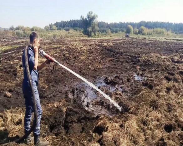 Черкаські рятувальники протягом двох днів боролися з вогнем на торф'яниках