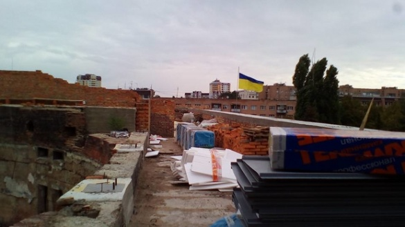 Черкаські чиновники пояснили, чому у театрі не почали робити дах