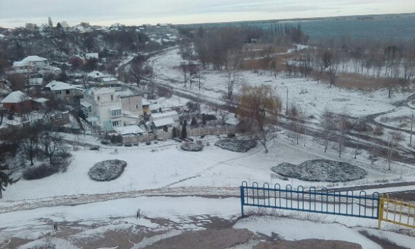 У Черкасах прочистили зливову каналізацію і готуються до прибирання снігу