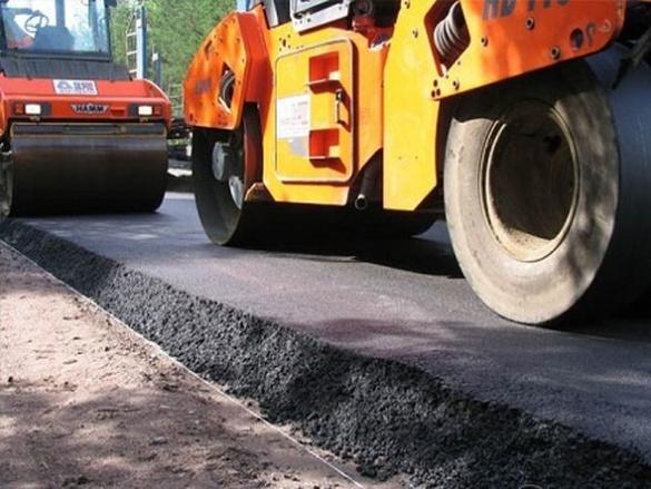 На Черкащині жителі самі зібрали гроші на ремонт поганої дороги