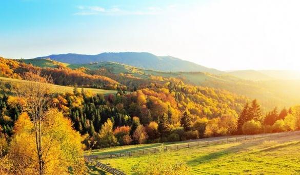 Неймовірна краса. 10 неперевершених осінніх маршрутів Черкащиною