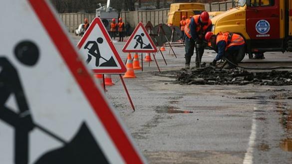Одна з найпроблемніших черкаських вулиць дочекалася капремонту (ВІДЕО)
